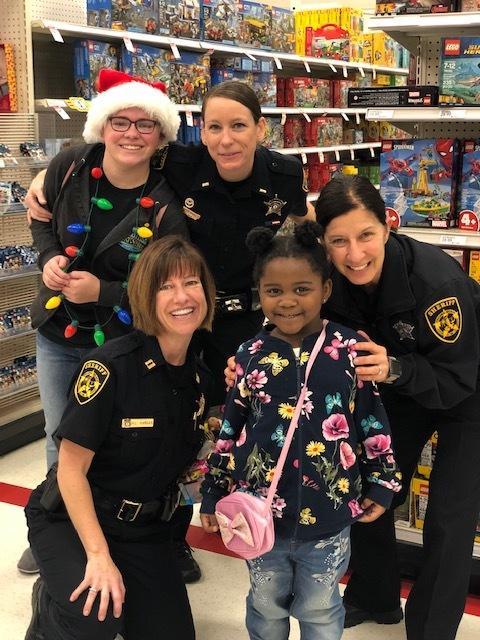 Cops & Kids Christmas shopping 2018
